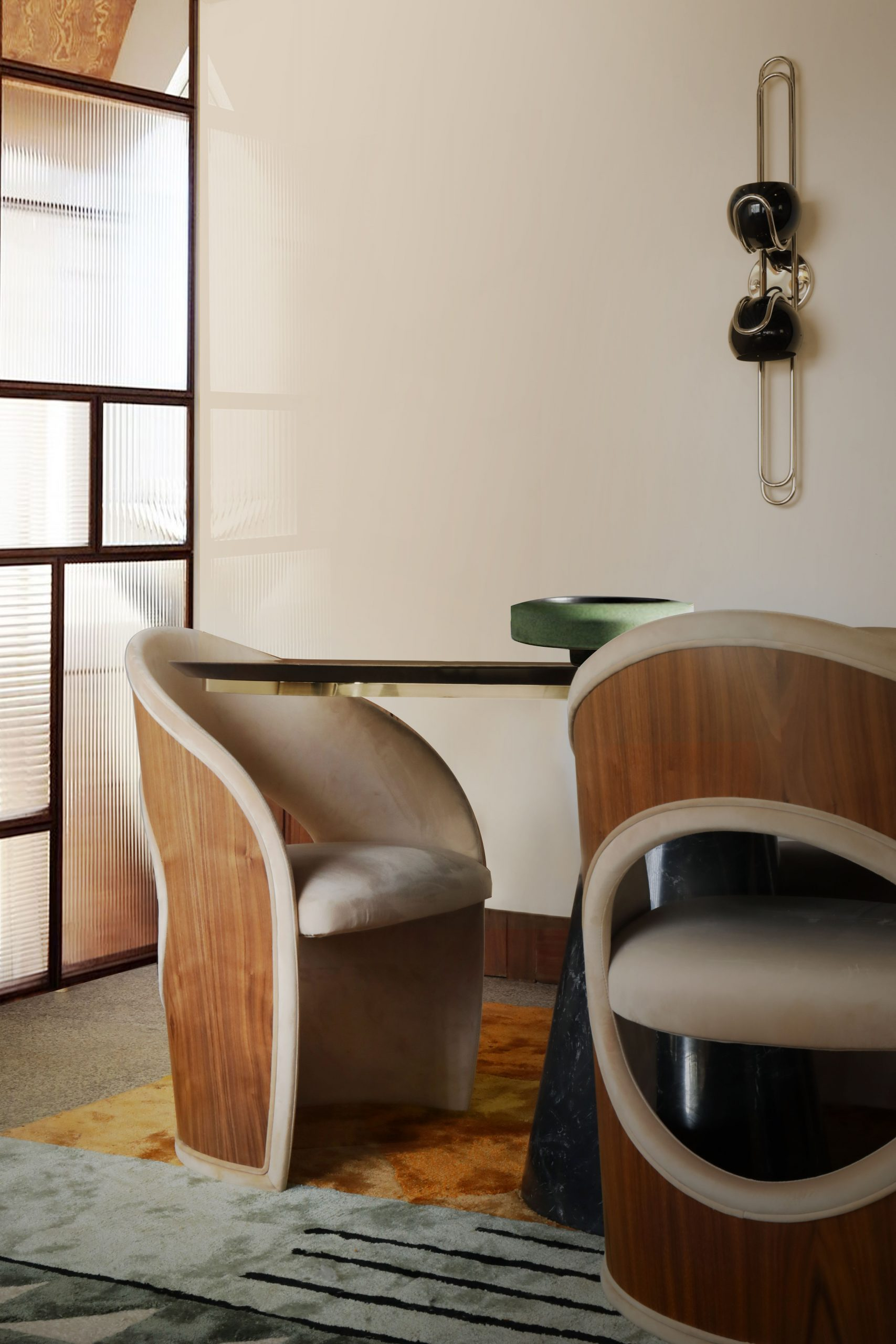A COMFY MID-CENTURY STYLED DINING ROOM