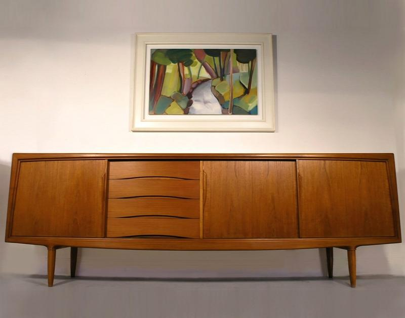 Are you terly impressed and enchanted by midcentury furniture, since of its nostalgic and post modern nature, the midcentury sideboards are simply exquisite. midcentury sideboards 10 Midcentury sideboards to your living room decor Gunni Omann Sideboard