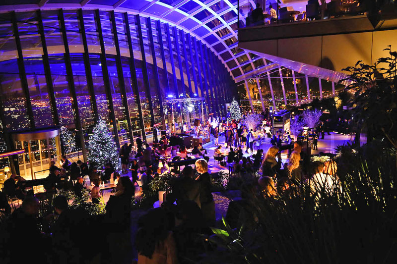 10 WAYS TO PARTY ON NEW YEAR'S EVE IN LONDON New Year's Eve 10 WAYS TO PARTY ON NEW YEAR'S EVE IN LONDON 7
