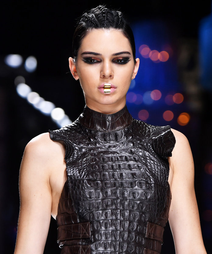 Paris Fashion Week: What to Expect paris fashion week Paris Fashion Week: What to Expect Kendall Jenner