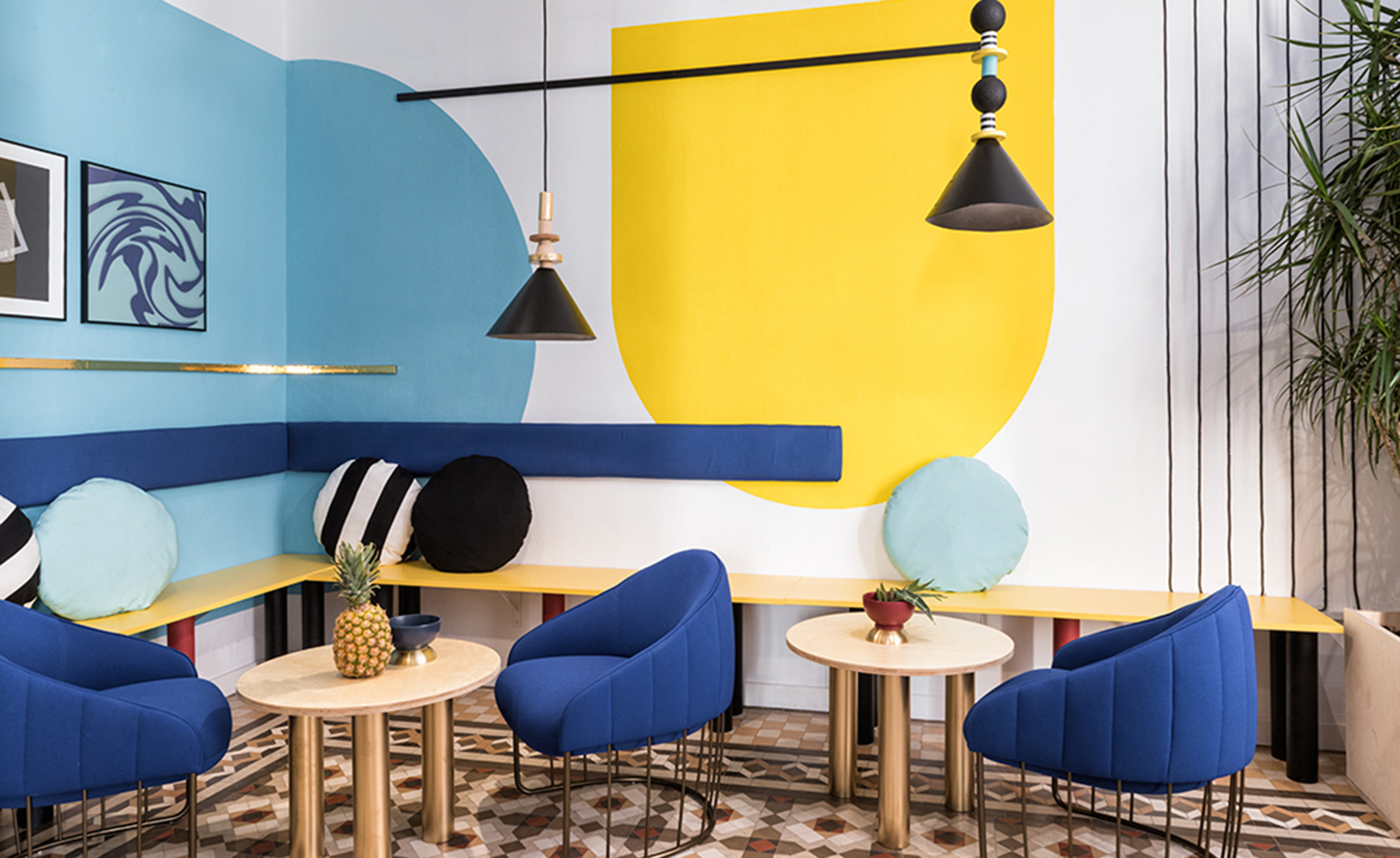 A Lounge Hostel in Spain that Will Warm Your Heart this Winter lounge hostel A Lounge Hostel in Spain that Will Warm Your Heart this Winter A Lounge Hostel in Spain that Will Warm Your Heart this Winter 6