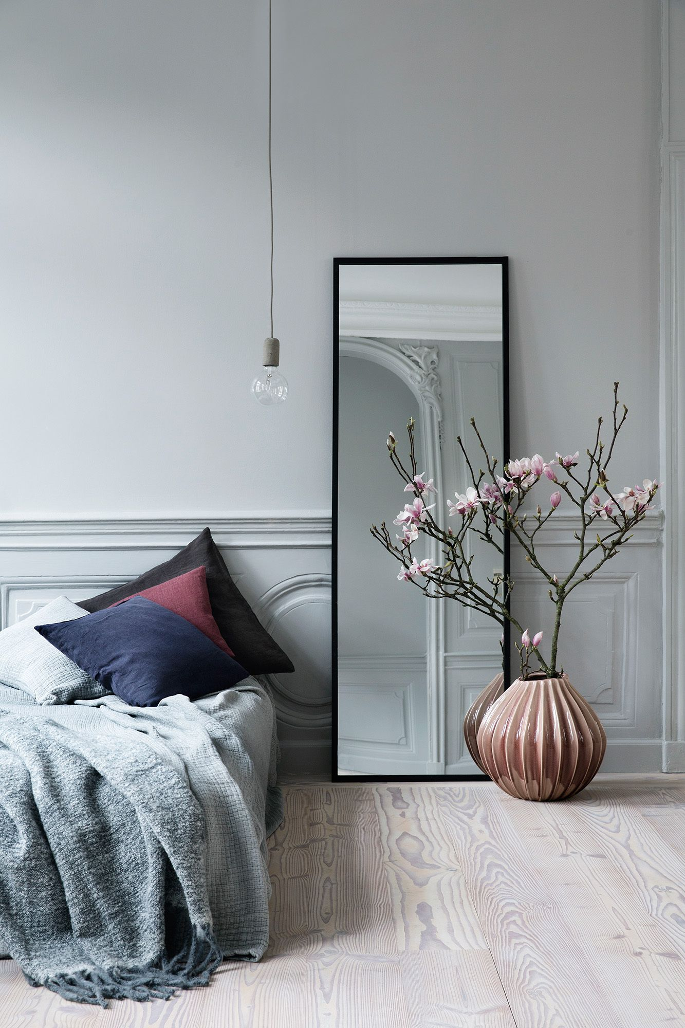 10 Bedroom Mirrors That'll Make Your 2018 Absolutely Magical bedroom mirrors 10 Bedroom Mirrors That'll Make Your 2018 Absolutely Magical 10 Bedroom Mirrors Thatll Make Your 2018 Absolutely Magical 4