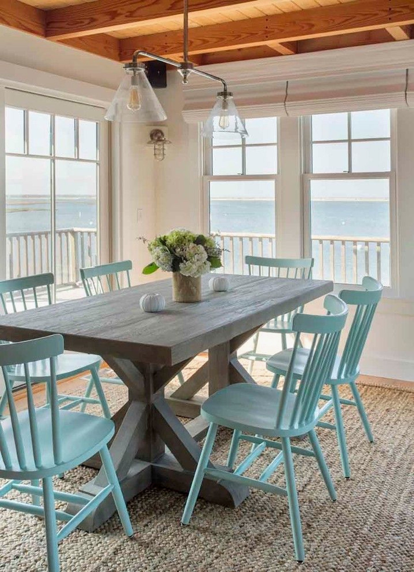 9 Beach House Decor Ideas To Make You