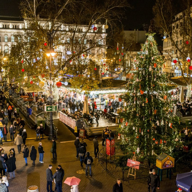 These Are The Christmas Markets You Don't Want To Miss This December christmas markets These Are The Christmas Markets You Don't Want To Miss This December These Are The Christmas Markets You Dont Want To Miss This December 2 1