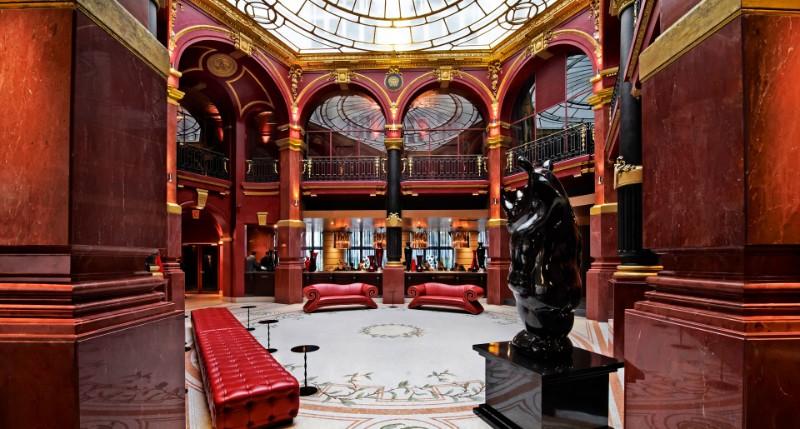 luxury hotel lobby designs World's Top 10 Luxury Hotel Lobby Designs That Will Amaze You Worlds Top 10 Luxury Hotel Lobby Designs That Will Amaze You 10