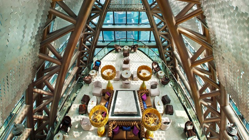 World's Top 10 Luxury Hotel Lobby Designs That Will Amaze You