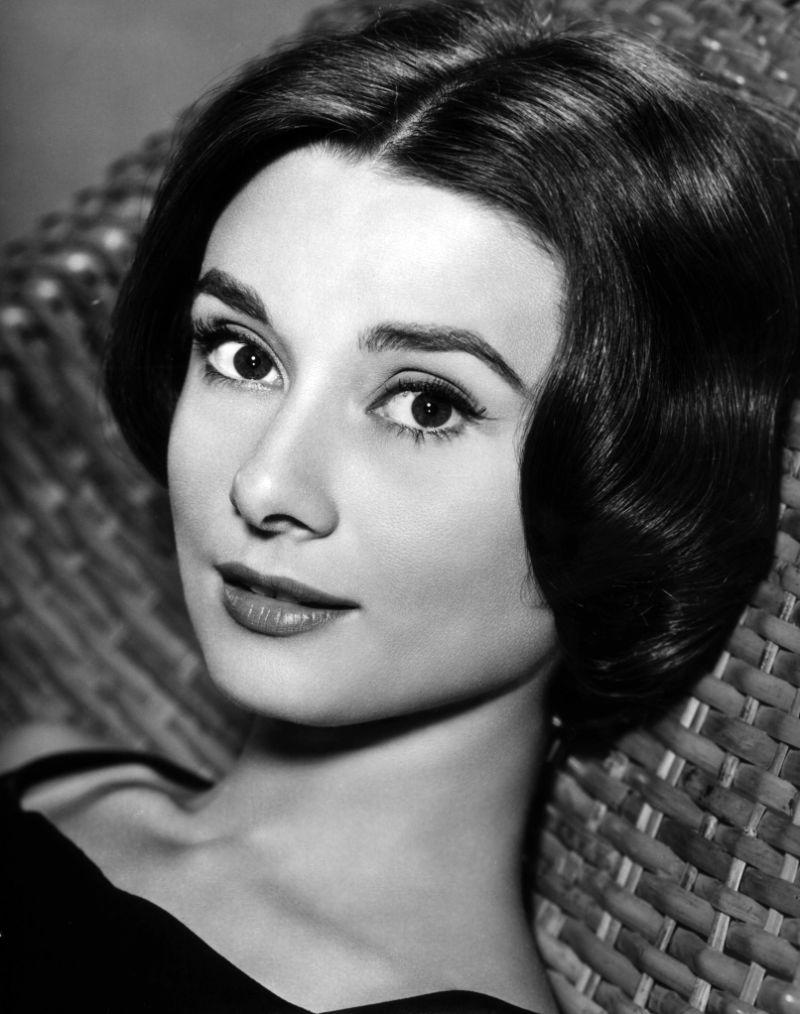 Audrey Hepburn: An Icon, An Inspiration audrey hepburn Audrey Hepburn: An Icon, An Inspiration Audrey Hepburn