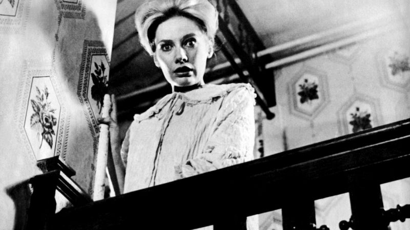 15 Vintage Horror Movies That Will Scare You This Halloween_5 (1)