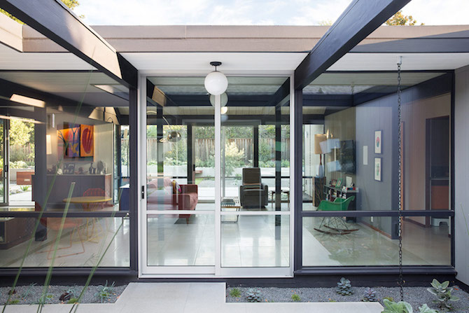 Bringing Mid-century Modern style to a Silicon Valley Home_1405 mid-century modern Bringing Mid-century Modern style to a Silicon Valley Home Bringing Mid century Modern style to a Silicon Valley Home 1405