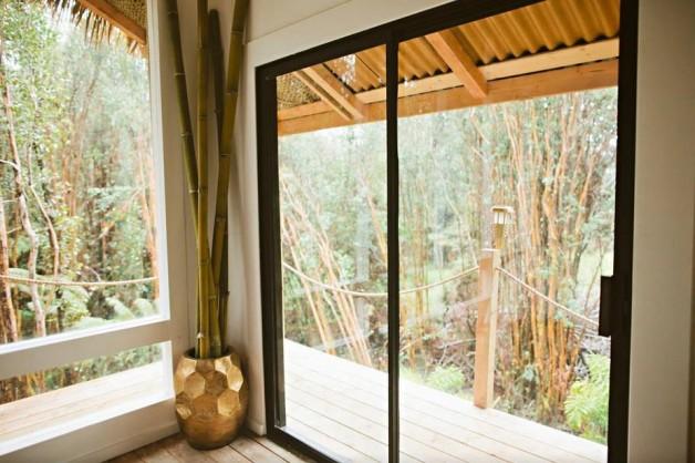 kristie-2 house Designer builds incredible self-sustaining house in Hawaii House hawai Kristie 2