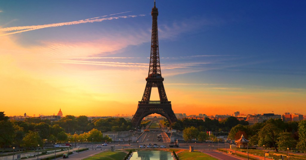 Did you know that there were apartments inside the Eiffel Tower