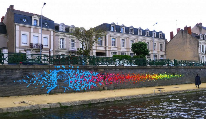 Street art: French artist colors the cities with origamis street art Street art: French artist colors the cities with origamis Street art French artist colors the cities with origamis 4