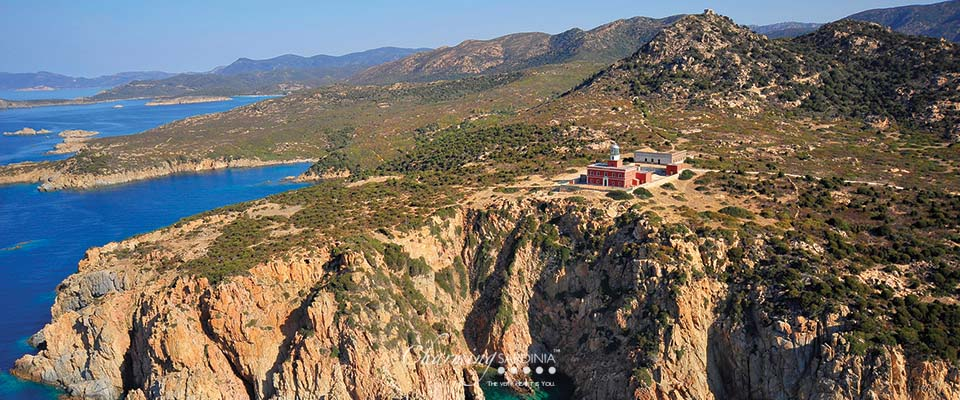 An inspiring Villa in an inspiring Italian island   You can visit us at our website, www.essentialhome.eu and check our Pinterest @midcenturyblog to get more #MidCenturyModern inspiration. inspiring villa An inspiring Villa in an inspiring Italian island An inspiring Villa in an inspiring Italian island