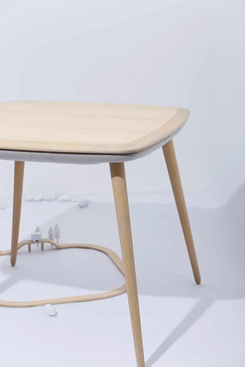 Top 6 mid century modern furniture pieces that will for Best modern furniture websites