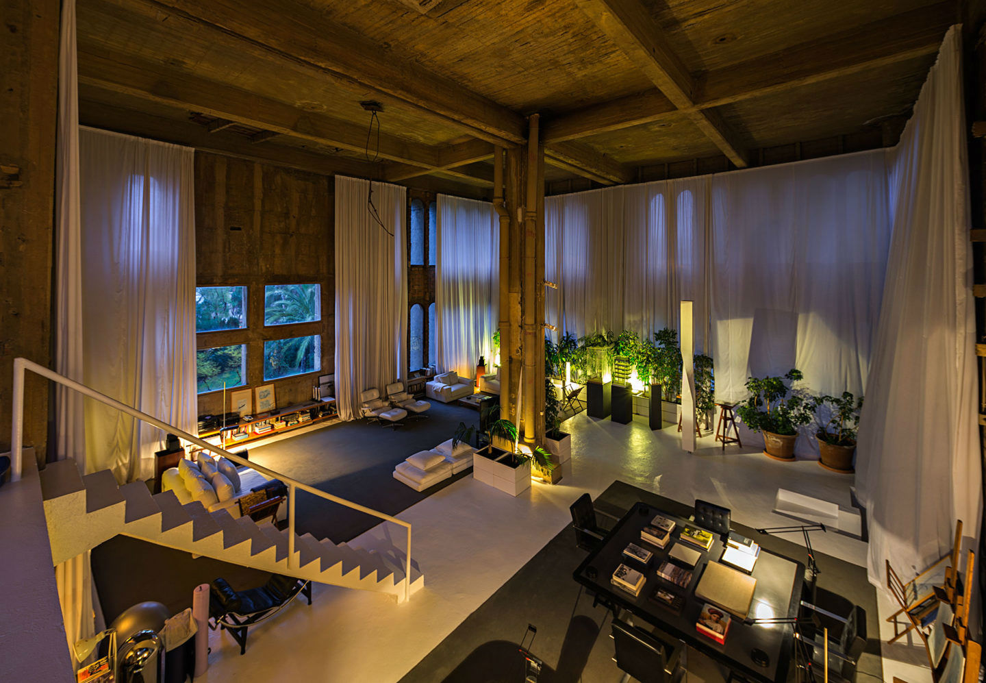 barcelona House in a former cement factory in Barcelona, 1000 m² Bofill 3