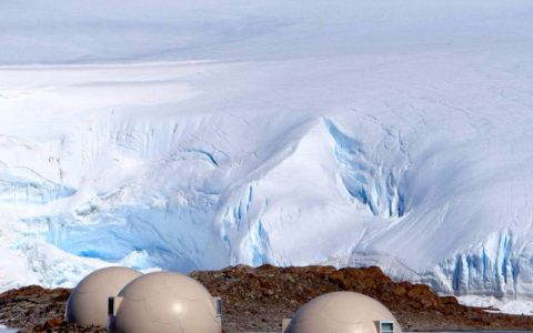 Meet the most exclusive hotel in the world Whichaway Camp, Antartica_header