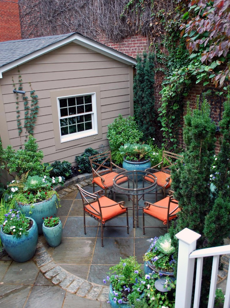 Mid-Century Design for Small Outdoor Spaces ... on Patio Designs For Small Spaces id=64265