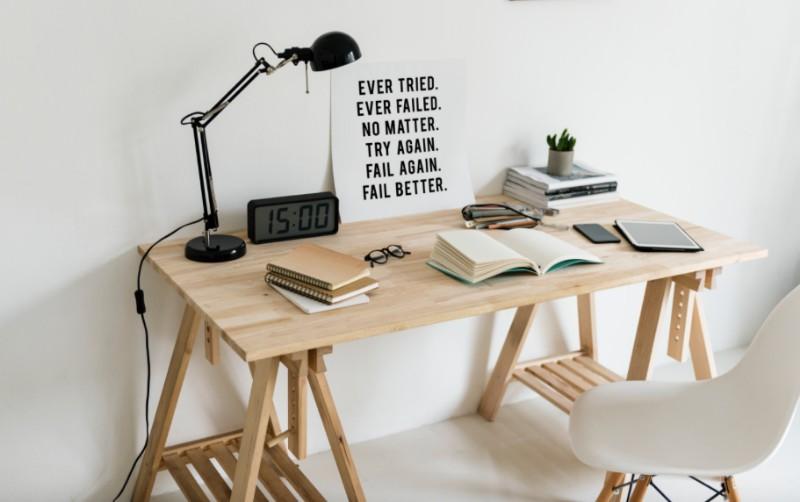 10 scandinavian design tips to live like a dane for Schreibtischstuhl skandinavisch
