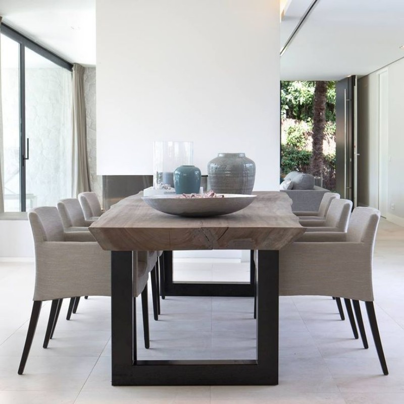 5 Creative Ways to Style Your Mid-Century Table mid-century table 5 Creative Ways to Style Your Mid-Century Table 5 ways to style midcentury table 2