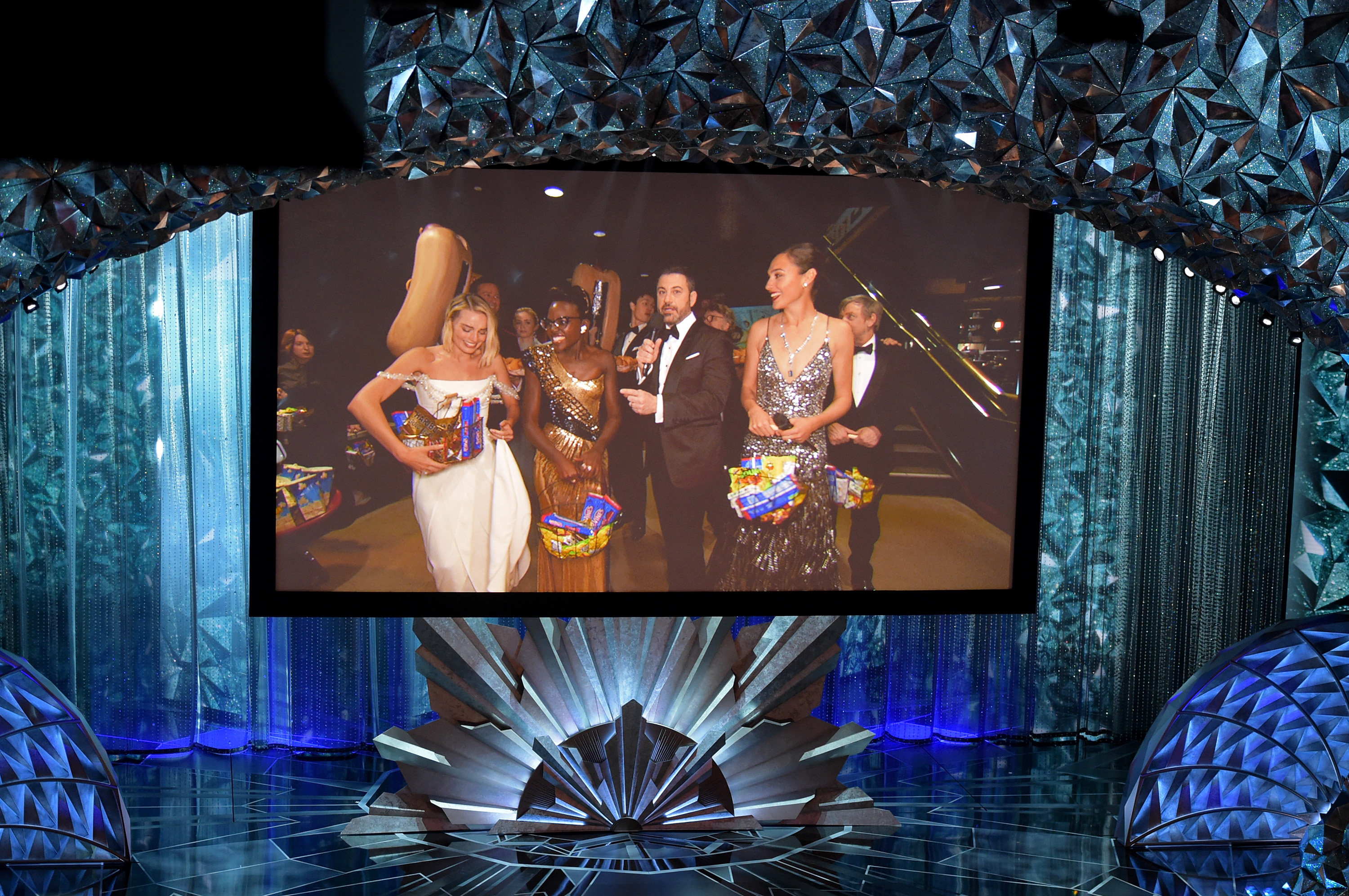 Oscars 2018- Our 10 Favorite Moments from Last Night_11 oscars 2018 Oscars 2018: Our 10 Favorite Moments from Last Night Oscars 2018 Our 10 Favorite Moments from Last Night 12