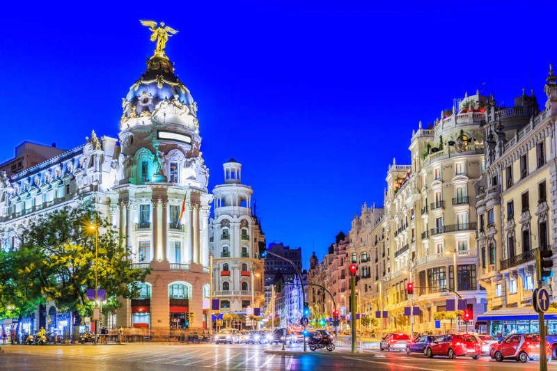 Madrid Landmarks that Make It One of the Most Stunning Cities Ever (1) madrid landmarks Madrid Landmarks that Make It One of the Most Stunning Cities Ever Madrid Landmarks that Make It One of the Most Stunning Cities Ever 5
