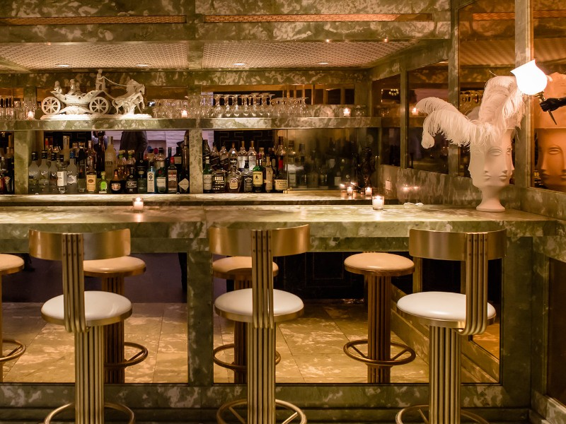 7 Palm Springs Restaurants Where You'll Want to Celebrate Mother's Day palm springs restaurants 7 Palm Springs Restaurants Where You'll Want to Celebrate Mother's Day mini bar palm springs ps0117