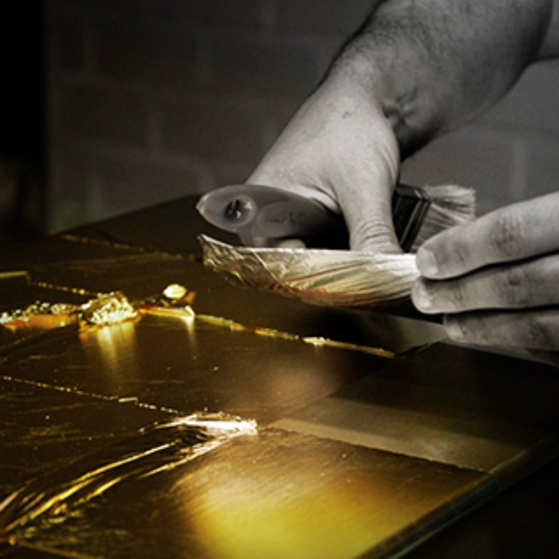 Thinkers and Makers together in the Luxury Design & Craftsmanship Summit 2018 luxury design &craftsmanship summit 2018 Thinkers and Makers in the Luxury design &craftsmanship summit 2018 gold leaf