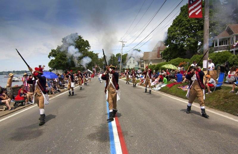 4th of july celebration 4th of July Celebration: Independence Day Across the USA bristol parade manuel c correira 0