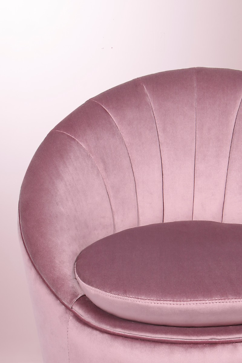 Monroe Slipper Chair: The Story Behind the Icon slipper chair Monroe Slipper Chair: The Story Behind the Icon set 37 HR