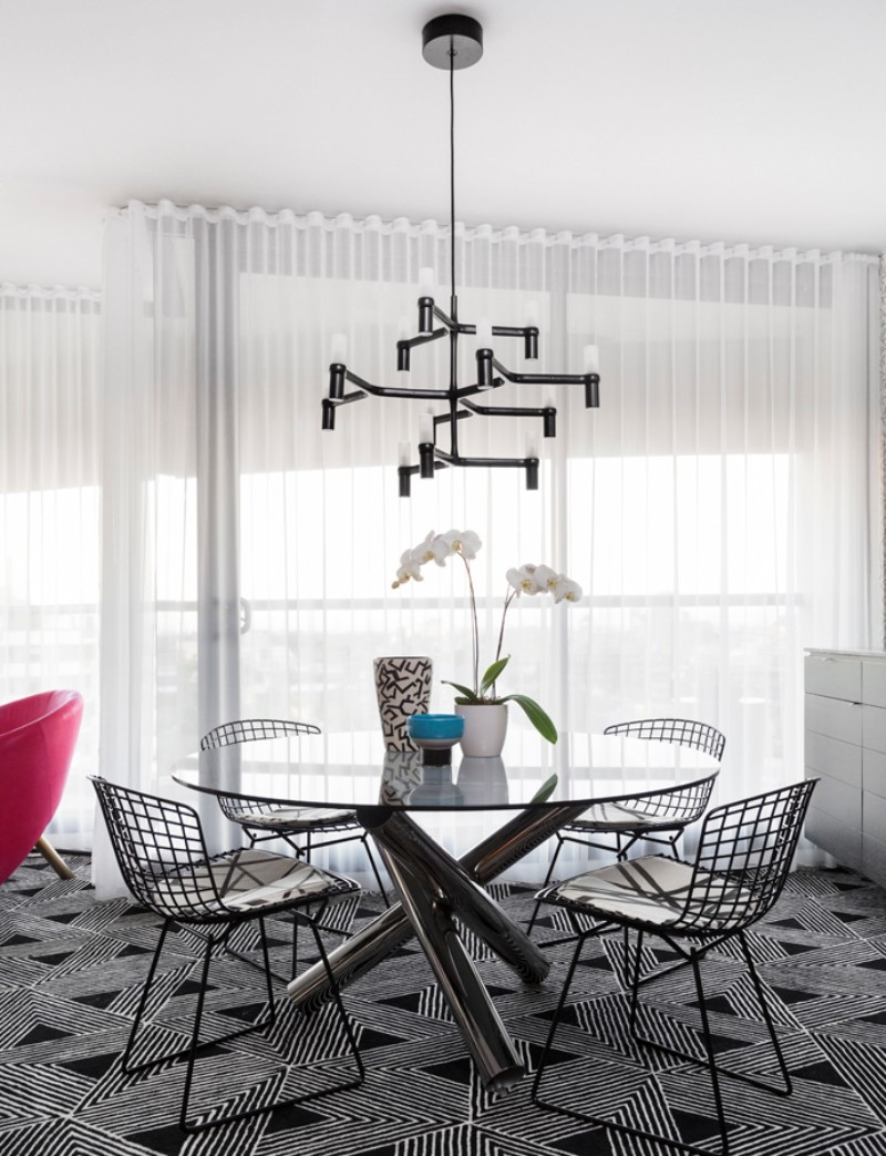 Geometric Patterns and Andy Warhol Meet in this Eclectic Interior eclectic interior Geometric Patterns and Andy Warhol Meet in this Eclectic Interior Geometric Patterns and Andy Warhol Meet in this Eclectic Interior 7