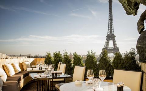 Top 8 Restaurants In Paris If You Love Interior Design restaurants in paris Top 8 Restaurants In Paris If You Love Interior Design Top 8 Restaurants In Paris If You Love Interior Design feat 480x300