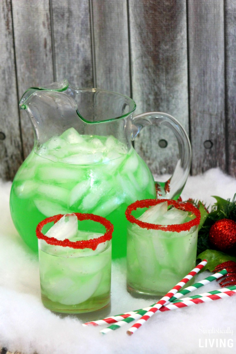 Let Yourself Be Warmed This Winter By These Christmas Cocktails christmas cocktails Let Yourself Be Warmed This Winter By These Christmas Cocktails 4