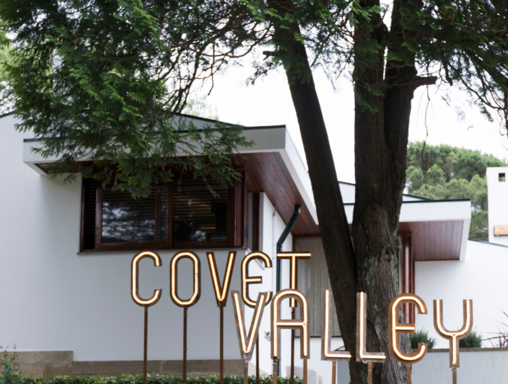 Covet Valley: The Mid-Century Capsule That Will Make You Travel Back In Time mid-century Covet Valley: The Mid-Century Capsule That Will Make You Travel Back In Time Foto de Capa Artigos 740x560