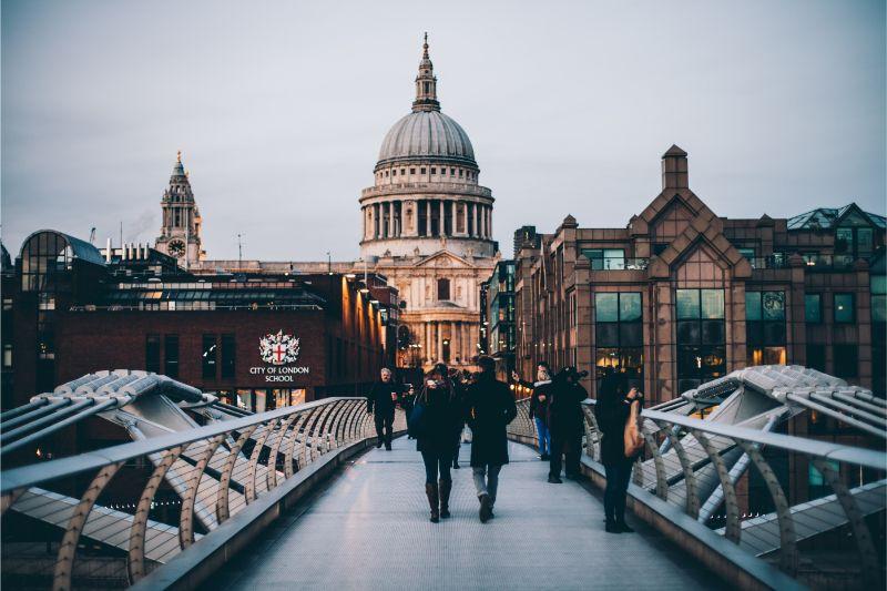 London City Guide: Unmissable Design Spots london city guide London City Guide: Unmissable Design Spots anthony delanoix CFi7 hCXecU unsplash 1