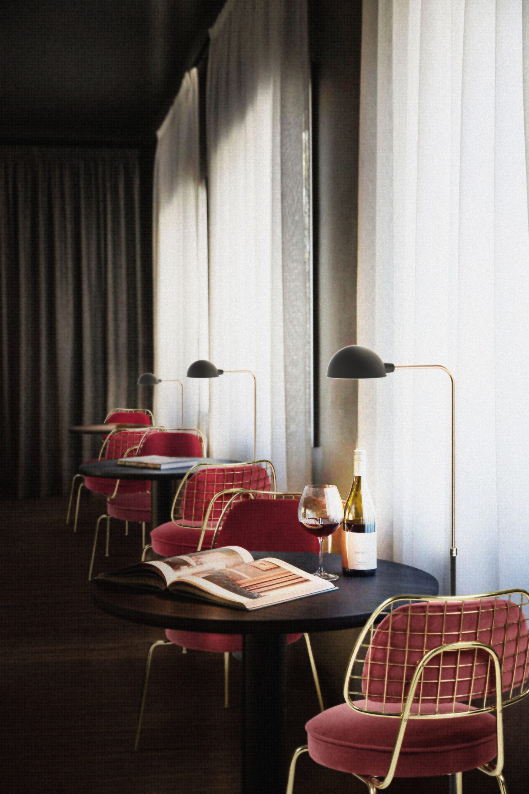 MODERN RETRO DINING CORNER IN A LUXURY RESTAURANT